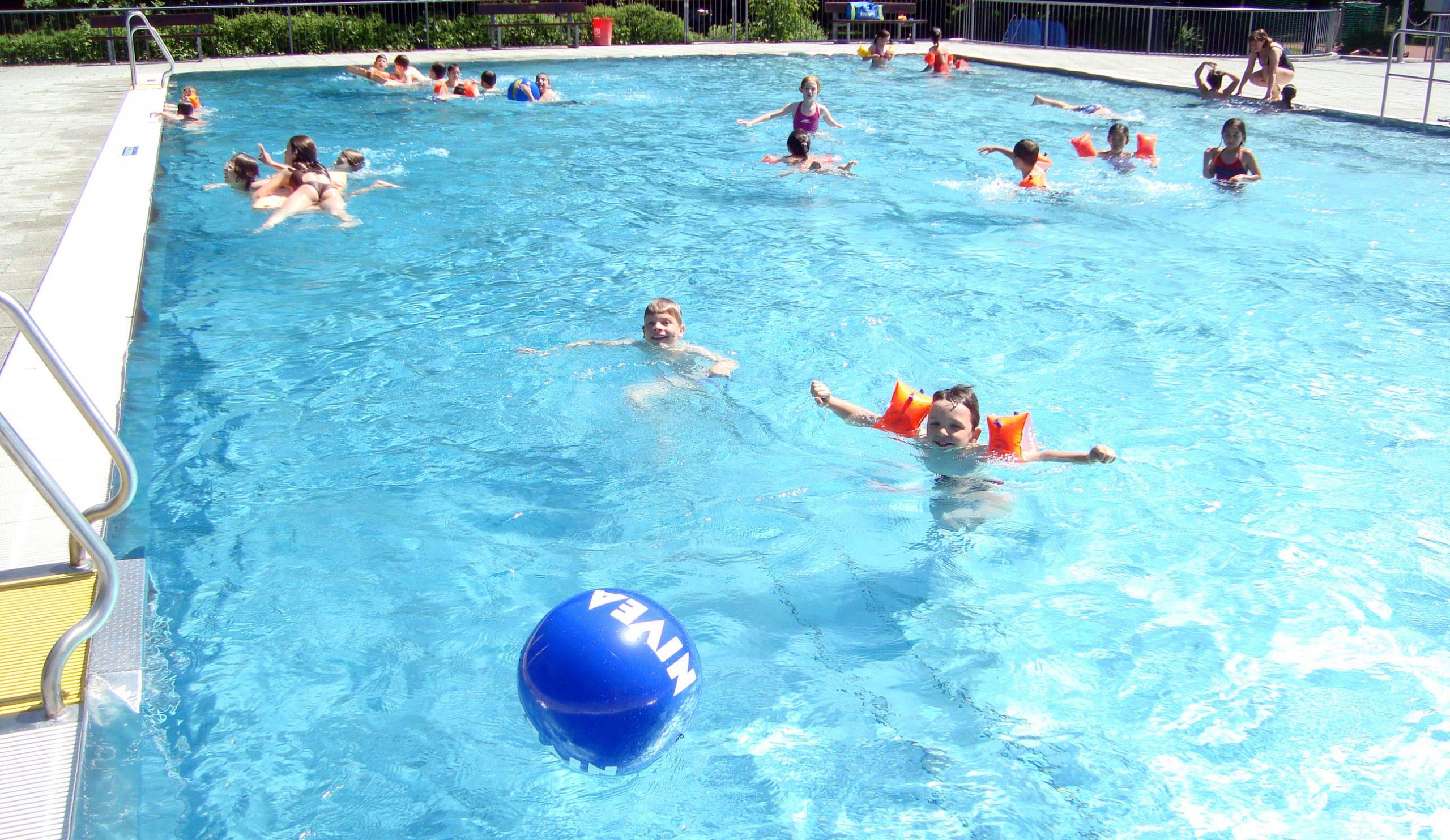 HHS_Schwimmbaer